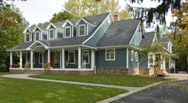 Three Reasons to Update Your Exterior Painting this Summer
