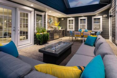 How to Spruce Up Your Backyard This Summer