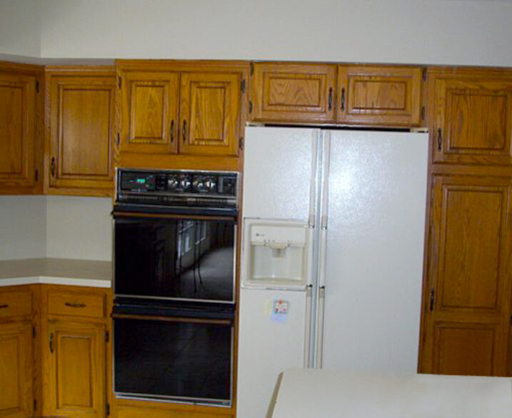 How to Give Your Old Kitchen & Bathroom Cabinets New Life without Breaking the Bank